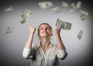 Женщина выиграла $60 млн благодаря числам, приснившимся её мужу