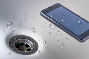 Причиной смерти ребёнка стал упавший в ванну смартфон