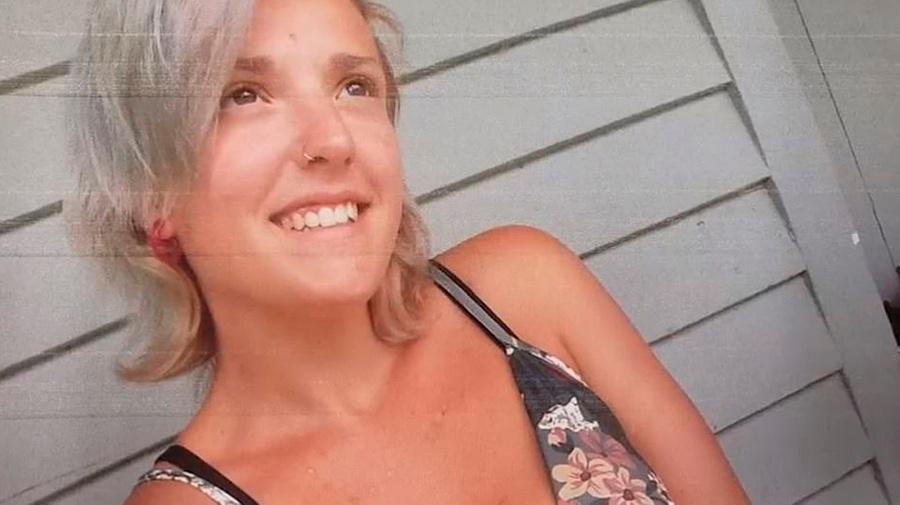 Женщина убила пятерых детей и покончила с собой