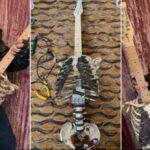 Сделал гитару из скелета дяди