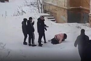 В Нижнем Тагиле толпа подростков жестоко избила девочку