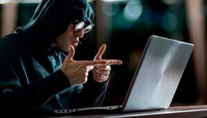 Хакер заблокировал пояс верности и потребовал выкуп